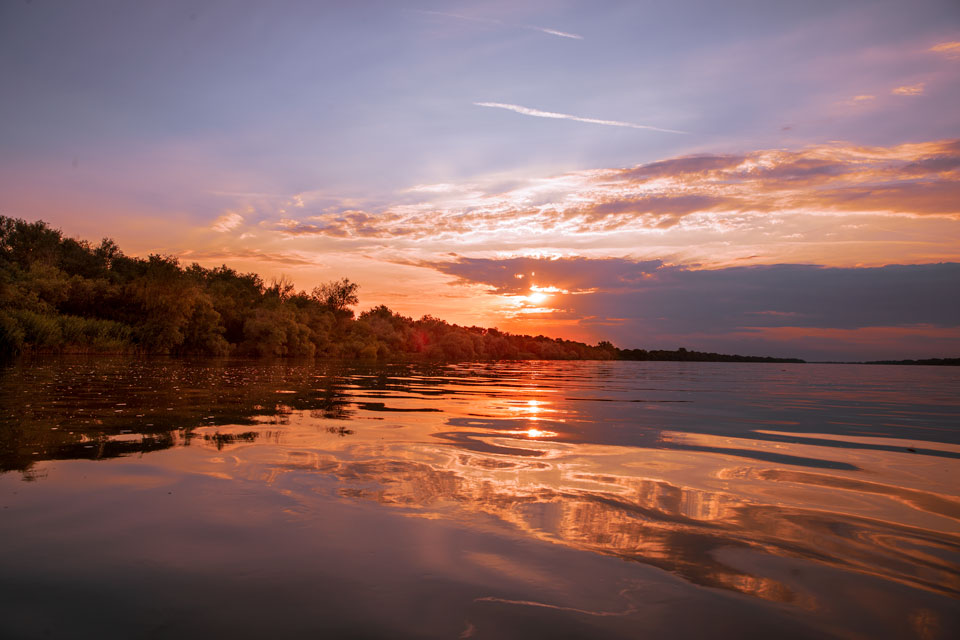 Apus-de-soare-in-delta-Dunarii