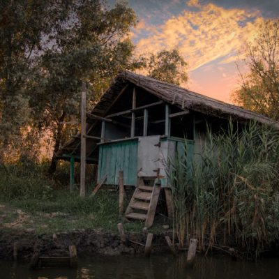 Fisherman's-house-at-sunset