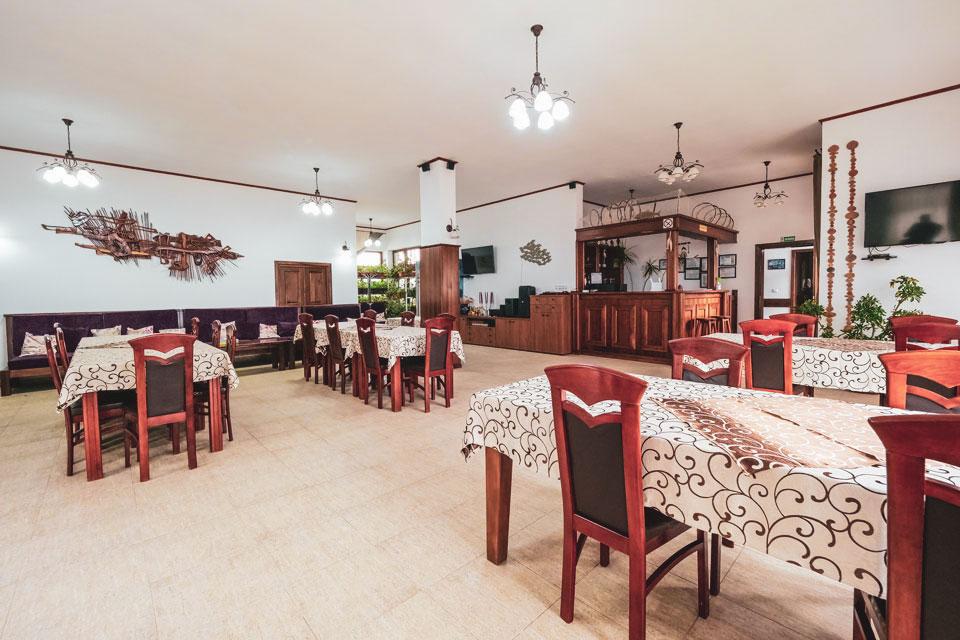 Restaurant-4